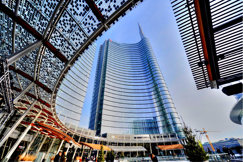Unicredit Tower / 3