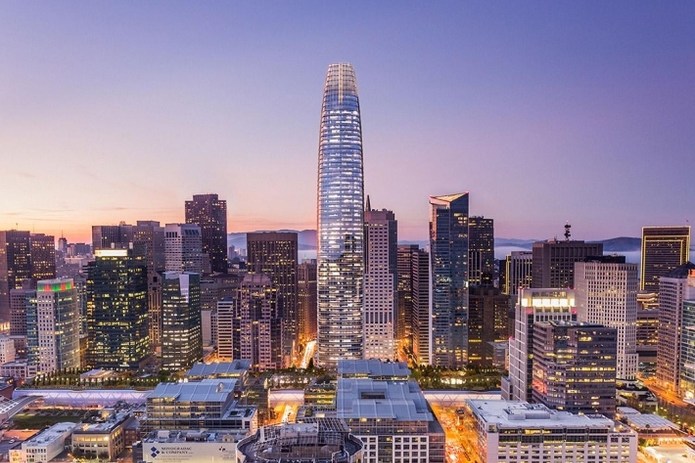 Salesforce Tower / 1