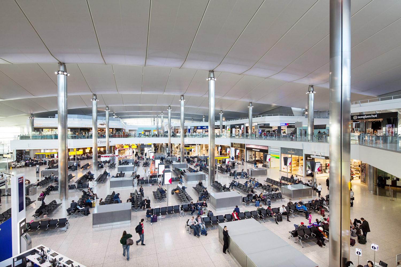 Heathrow Airport / 3